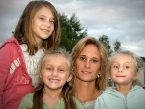 The 3 girls with Fanconi anemia and their mother